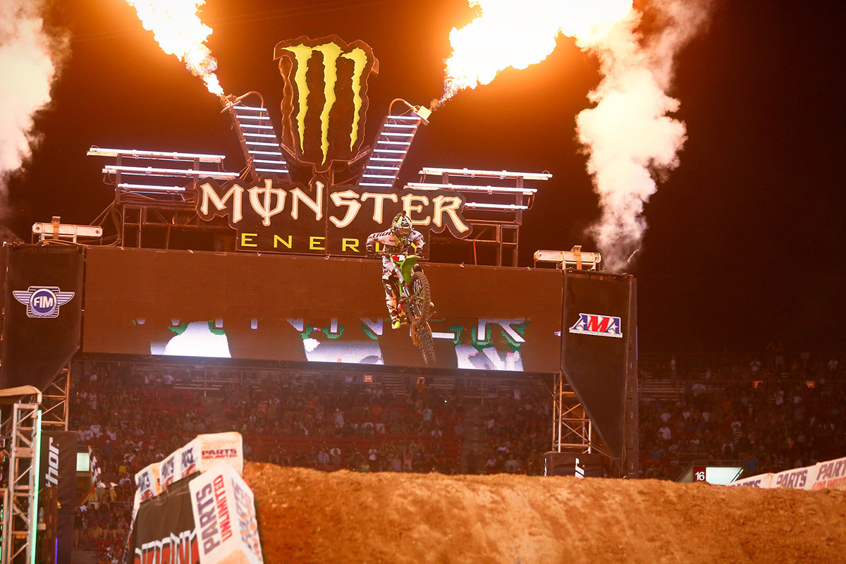 Image: Ryan Villopoto wins the final supercross he ever competed in (Las Vegas, 2014). Image: BrownDogWilson